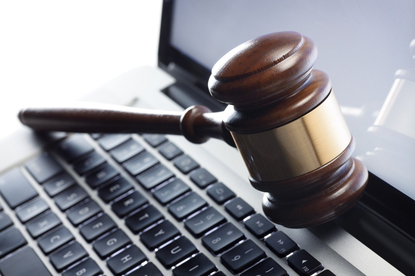 TECHNOLOGY AND THE LEGAL PROFESSION IN NIGERIA